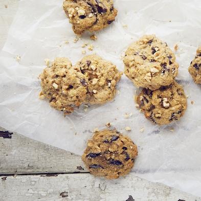 Spelt, Walnut and Chocolate Cookies