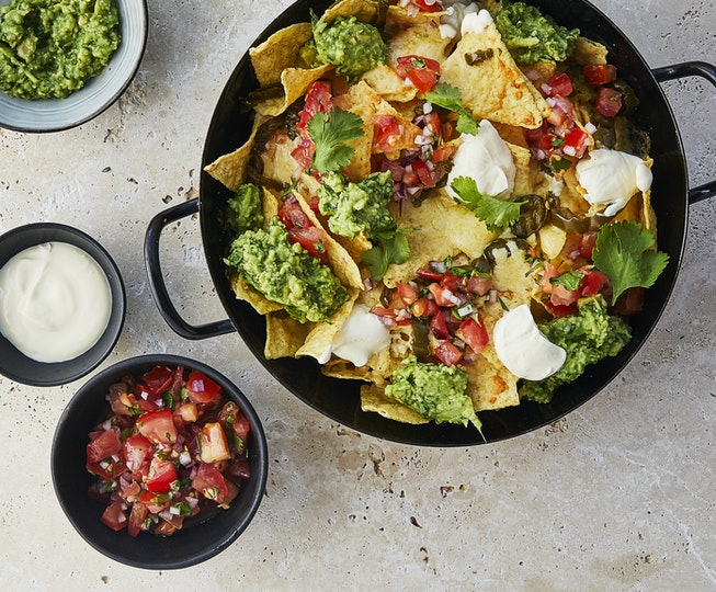 Cheesy Nachos with Salsa and Guacamole