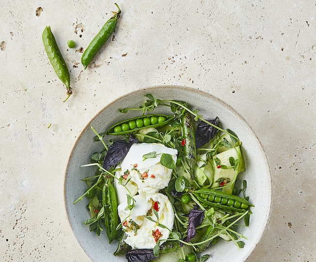 Grilled Pea, Courgette and Mozzarella Salad
