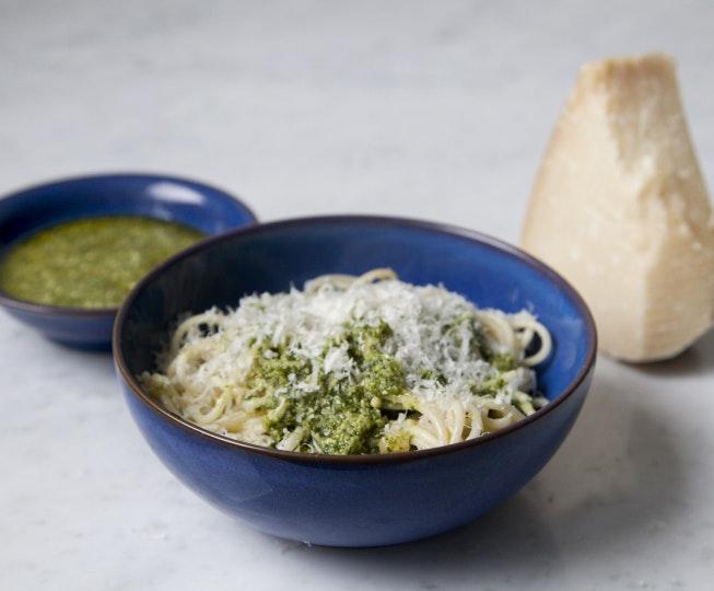 Rocket & Cashew Pesto Pasta