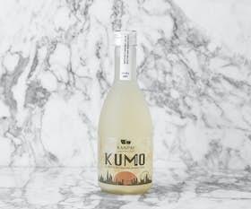 Kumo - Tokubetsu Cloudy & Dry Junmai Nigori Sake
