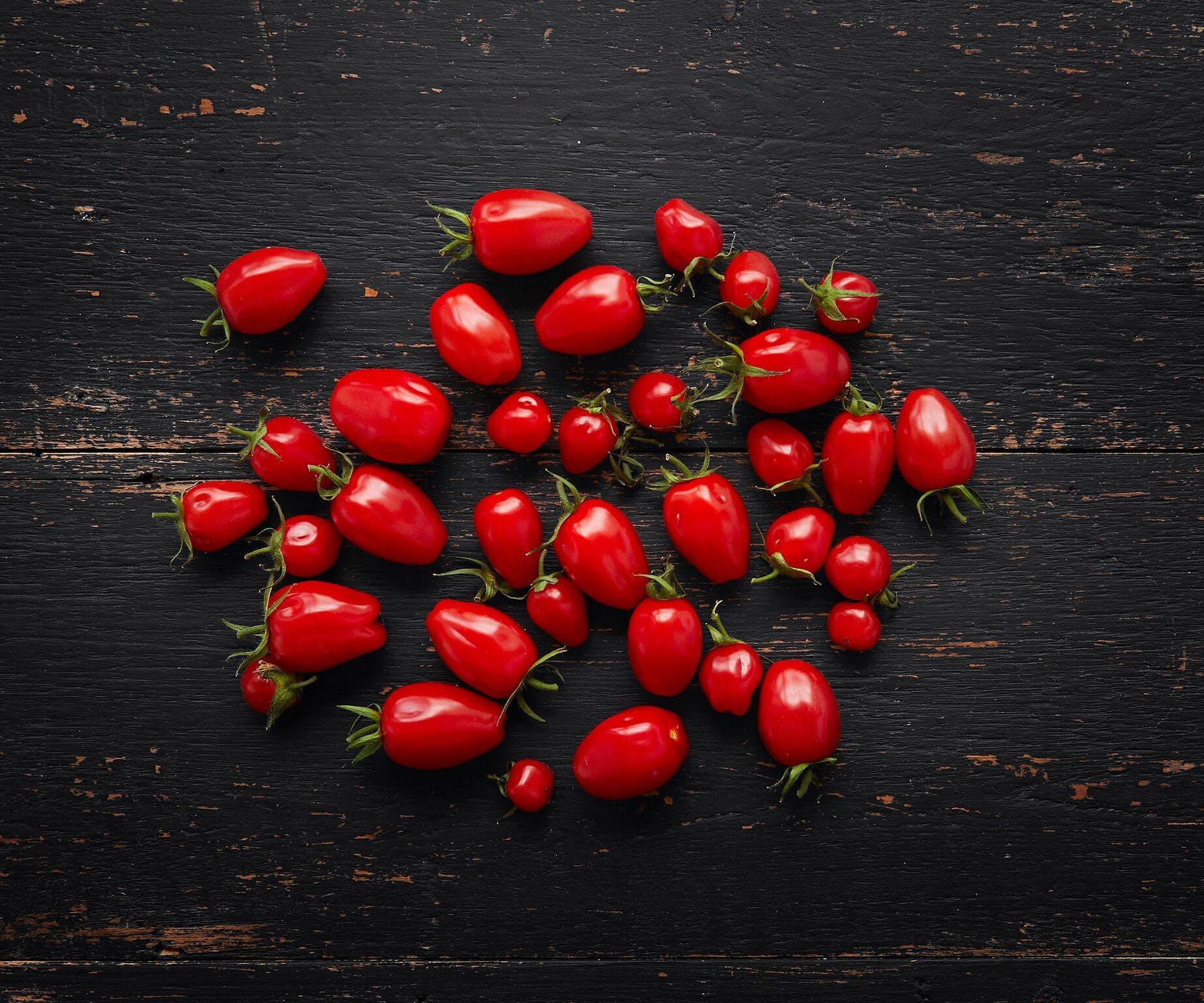 Organic Tomatoes - Plum Cherry