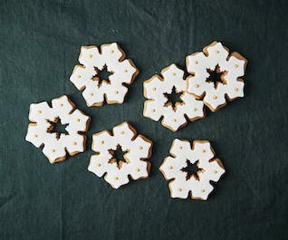 Iced Gingerbread Snowflakes