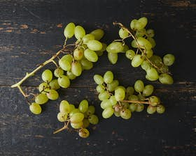 Biodynamic Green Grapes (Seeded)