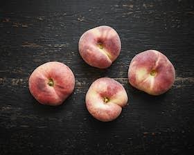 Organic Flat Peaches